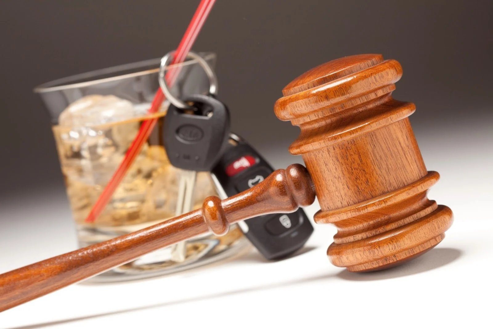 Sospensione della Patente per Guida in Stato di Ebbrezza: Cosa fare ?