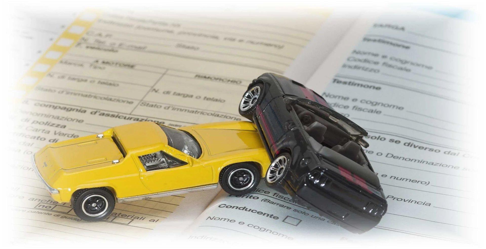 Avvocato per infortunistica stradale: affidati a noi per ottenere il massimo risarcimento possibile dei danni fisici e materiali