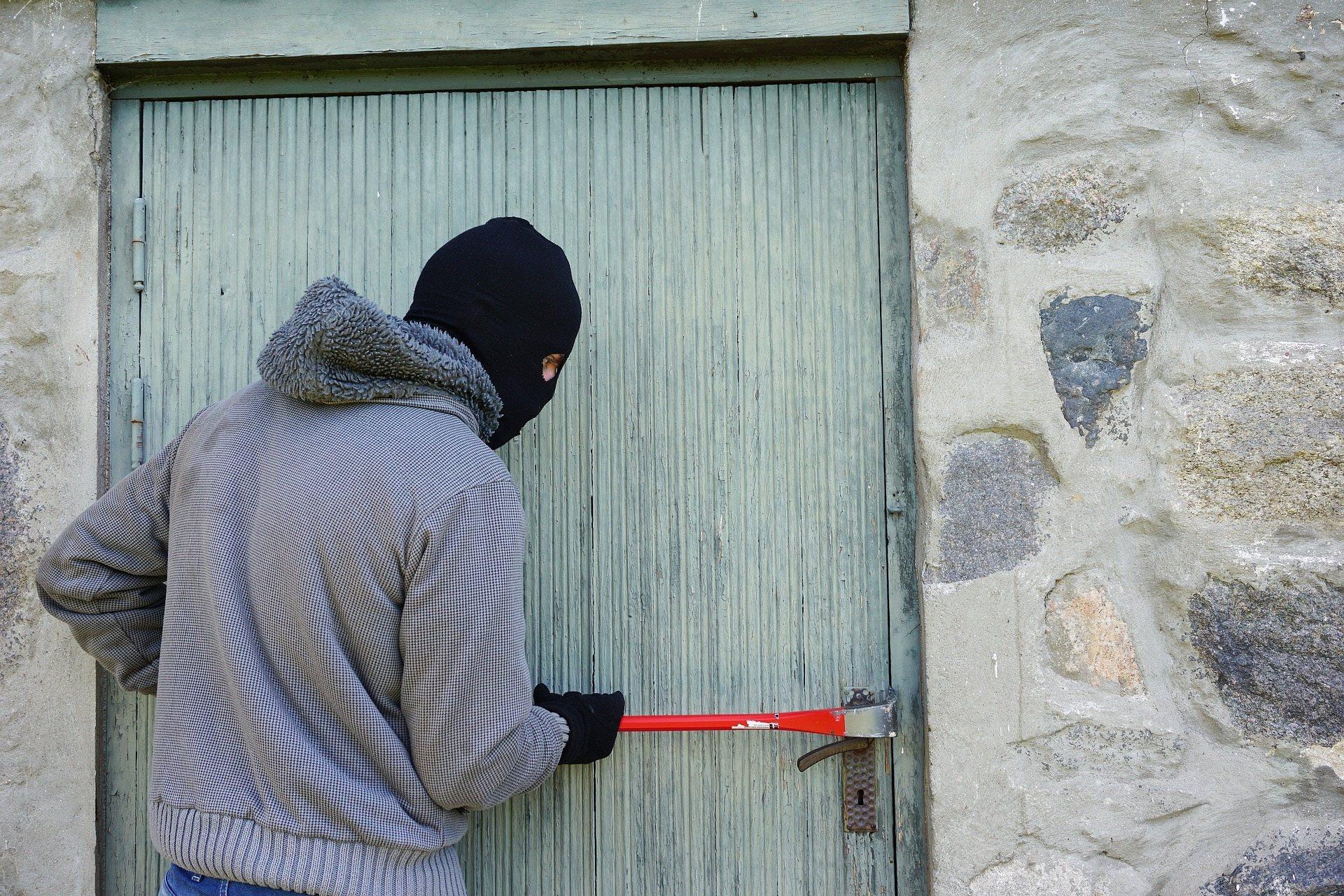 Accusata di furto pluriaggravato: Assoluzione per una nostra assistita!