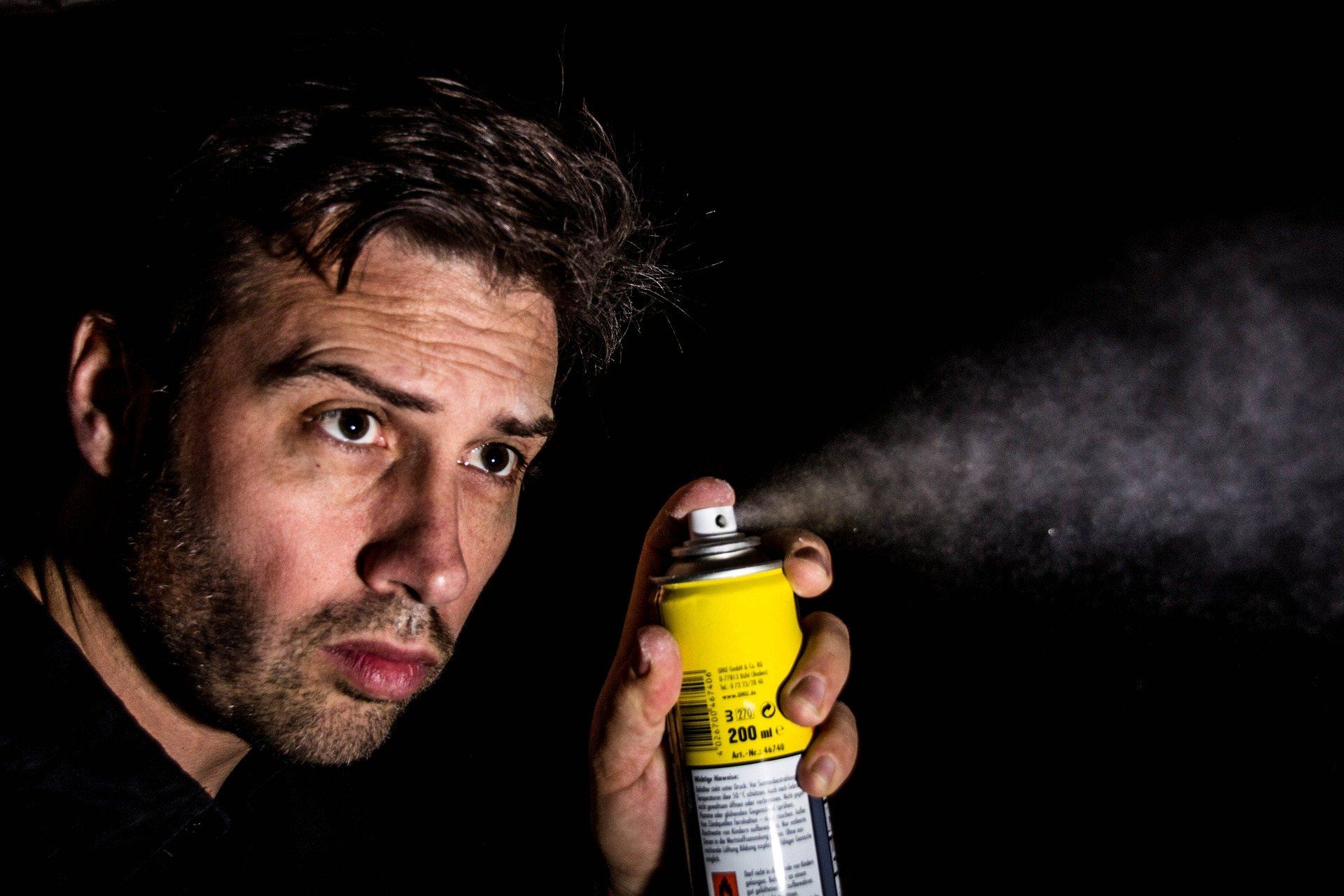 Spray urticante: quando è legale il possesso?
